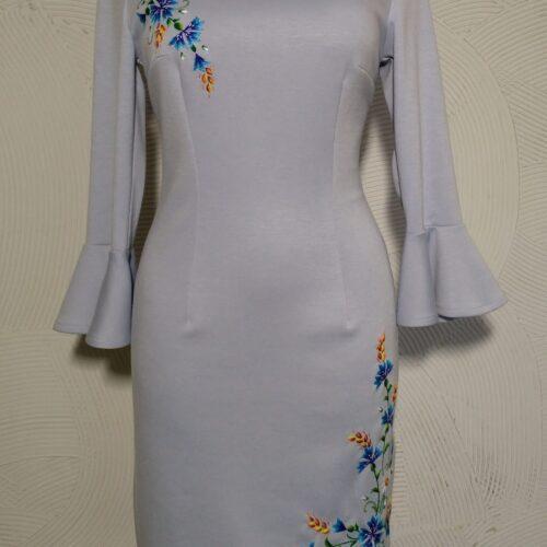 käsitöö tikandiga trikotaažist kleit